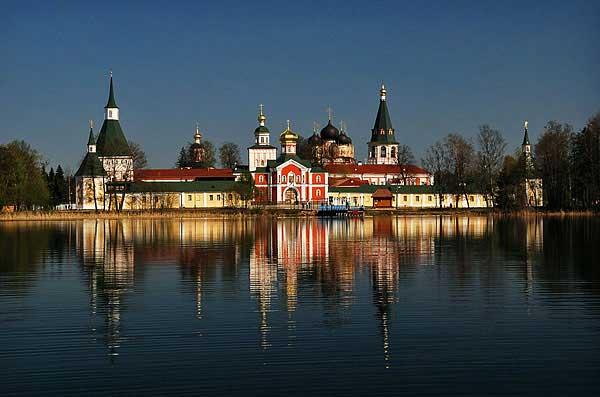 Валдайский Иверский Святоозерский Богородицкий мужской монастырь, http://www.lavra3.ru/wp-content/uploads/2011/04/vald1.jpg
